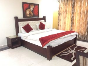 Una hotel bhowali